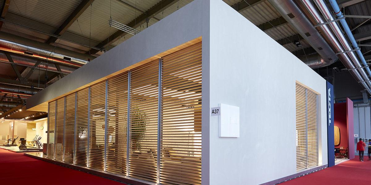 esterno stand Alivar Salone del mobile Milano