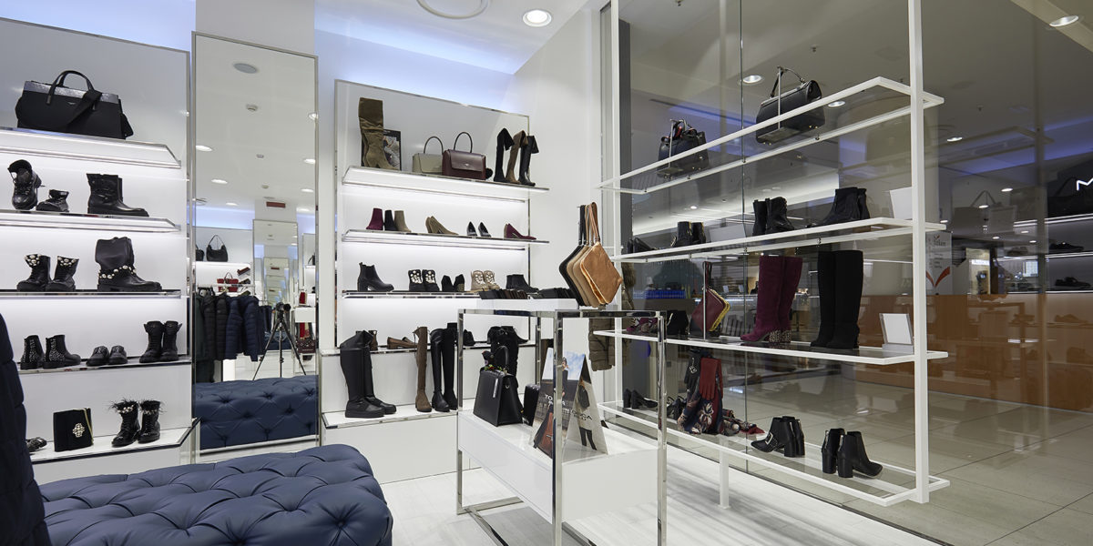 arredamento negozio Tosca Blu a Orio Center