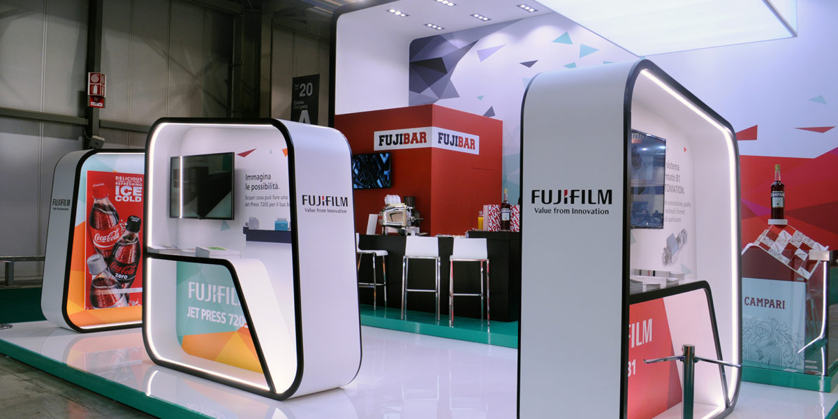 prospettiva stand 2018 di Fuji Film per PRINT4ALL